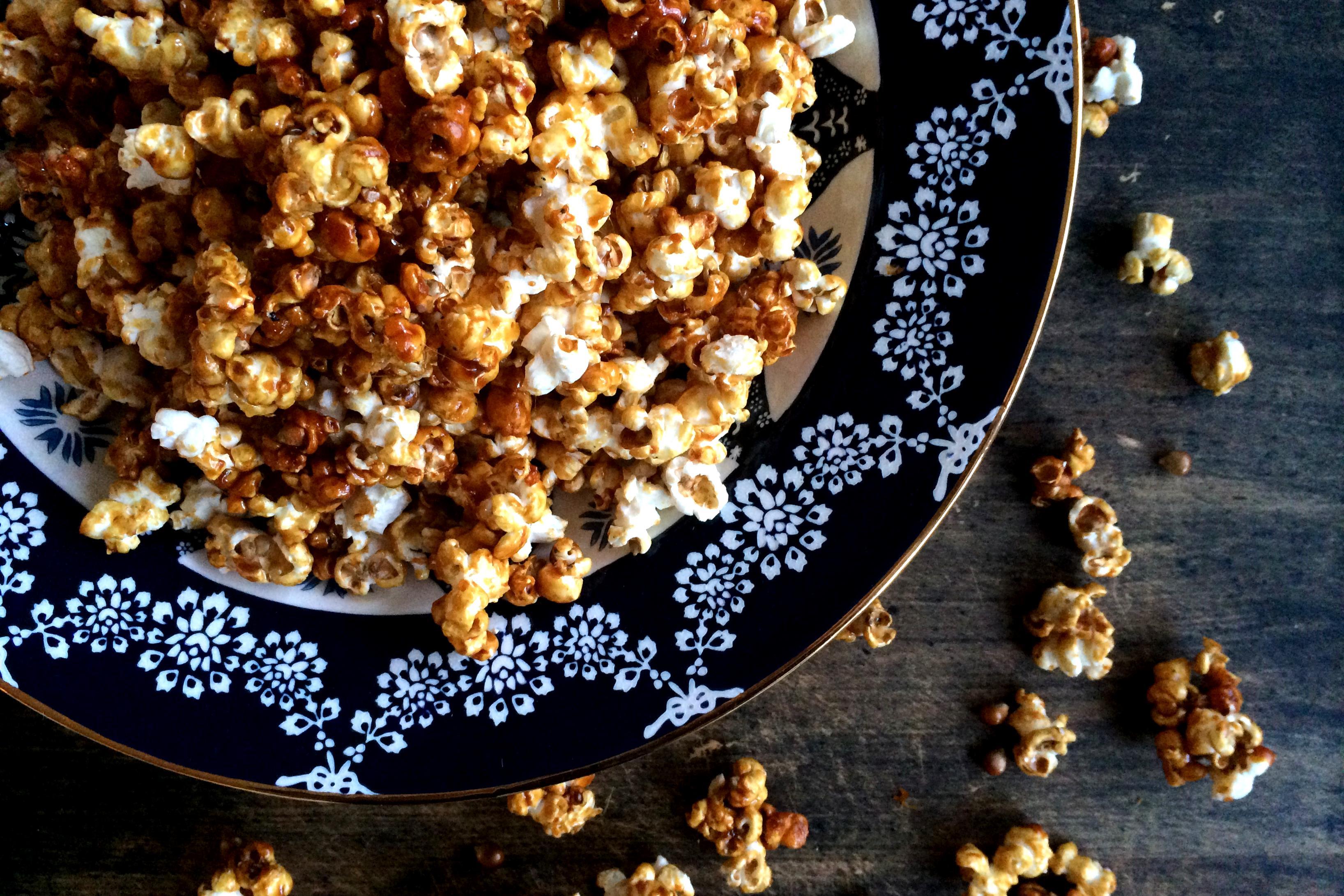 Poppy Caramel Popcorn