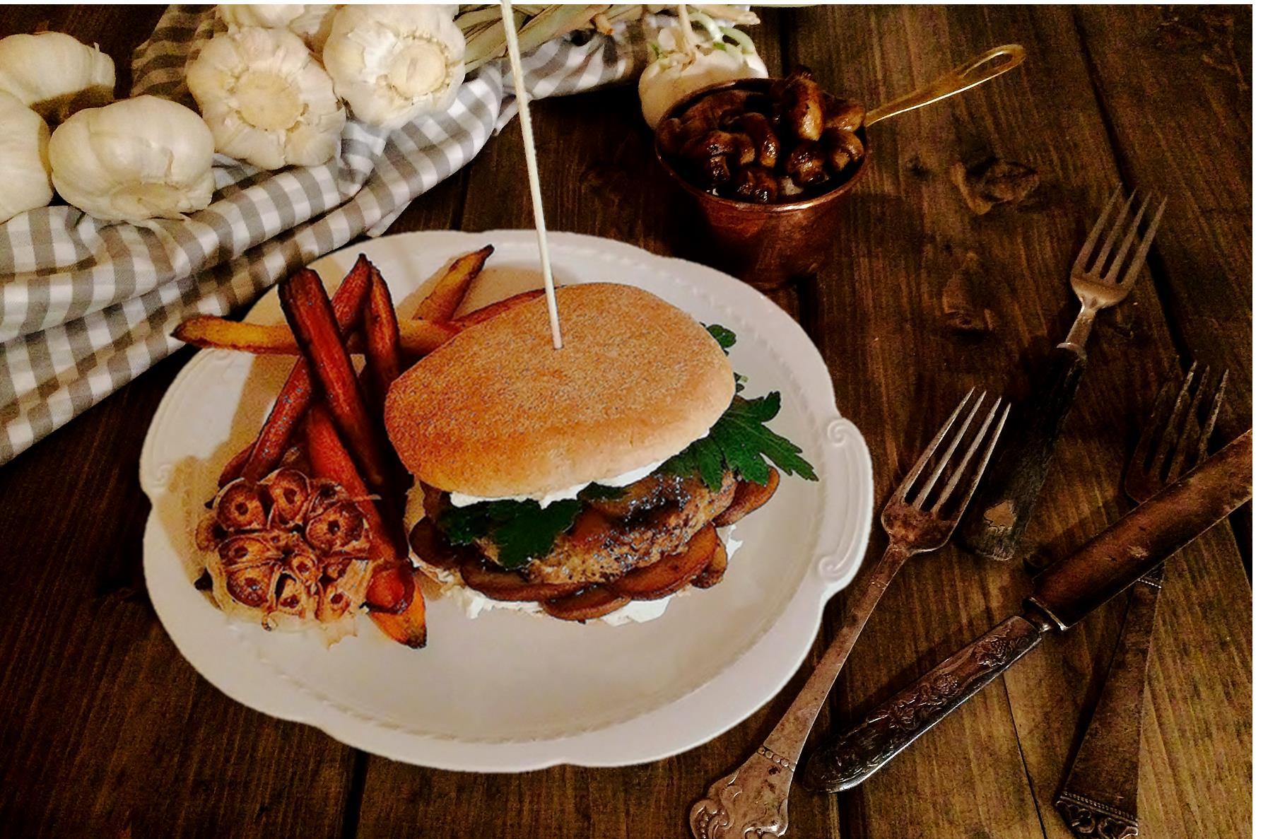 Jucy Venison Burger & Baked Rainbow Carrots
