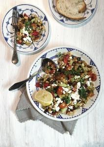 Midterranien feta-veggie salad