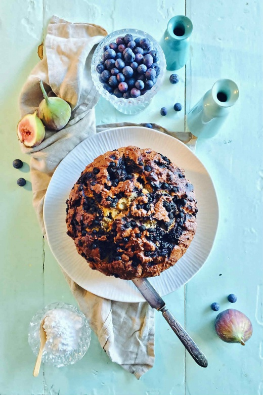 bananbrød-blåbær-kake