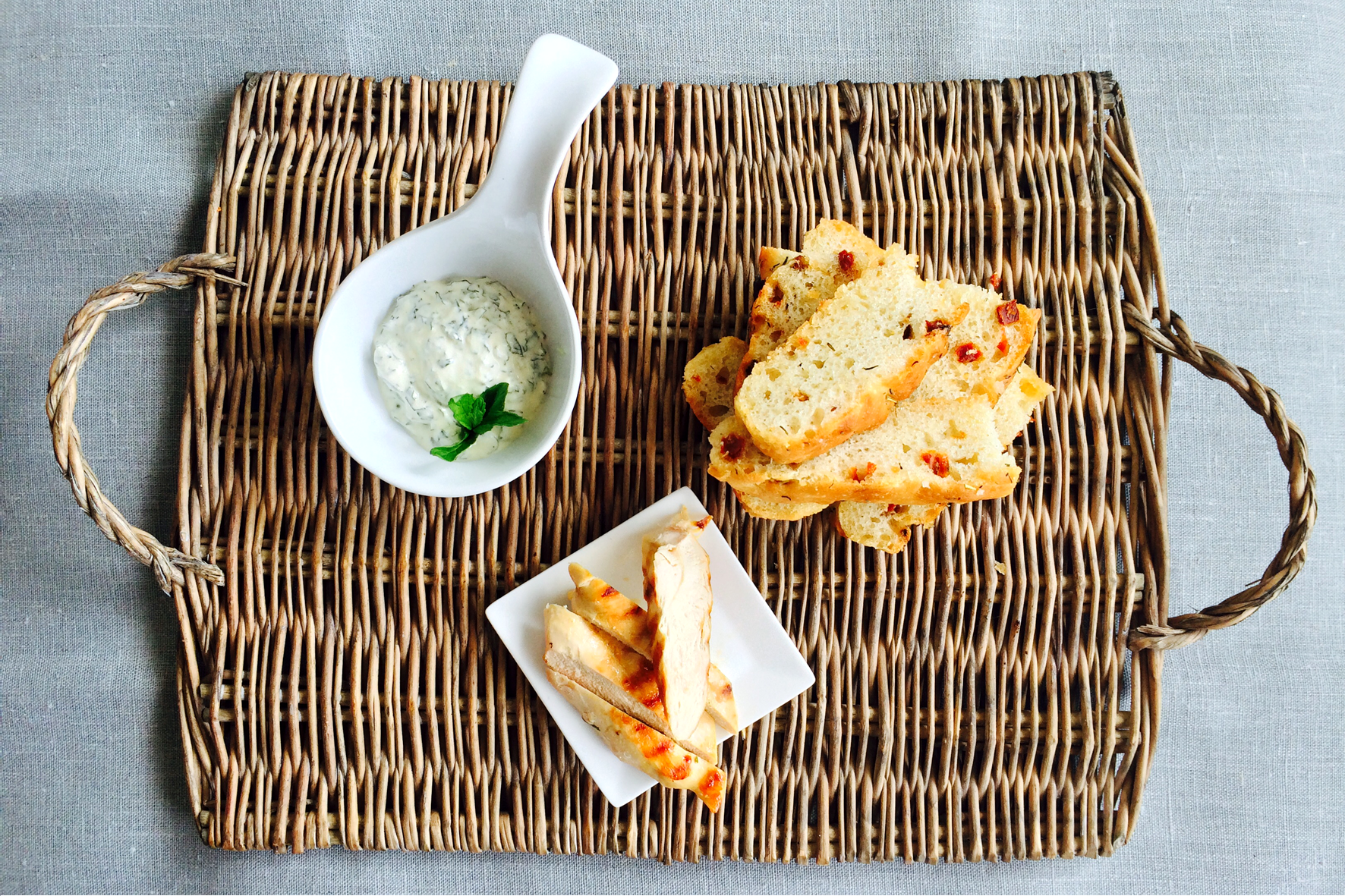 Foccaccia, chicken fingers & mint dip