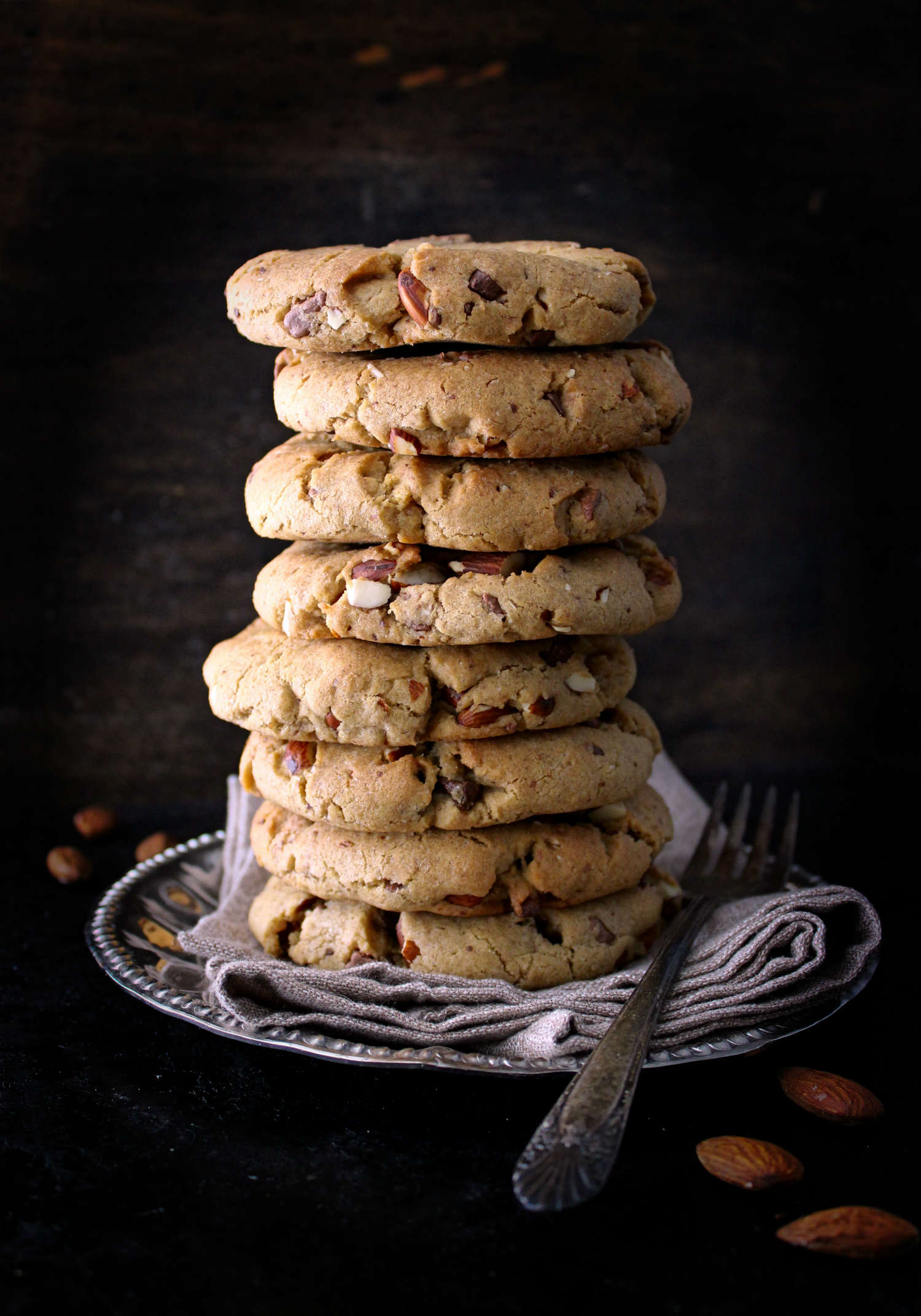 30 Minute Almond & Chocolate Chip Cookies