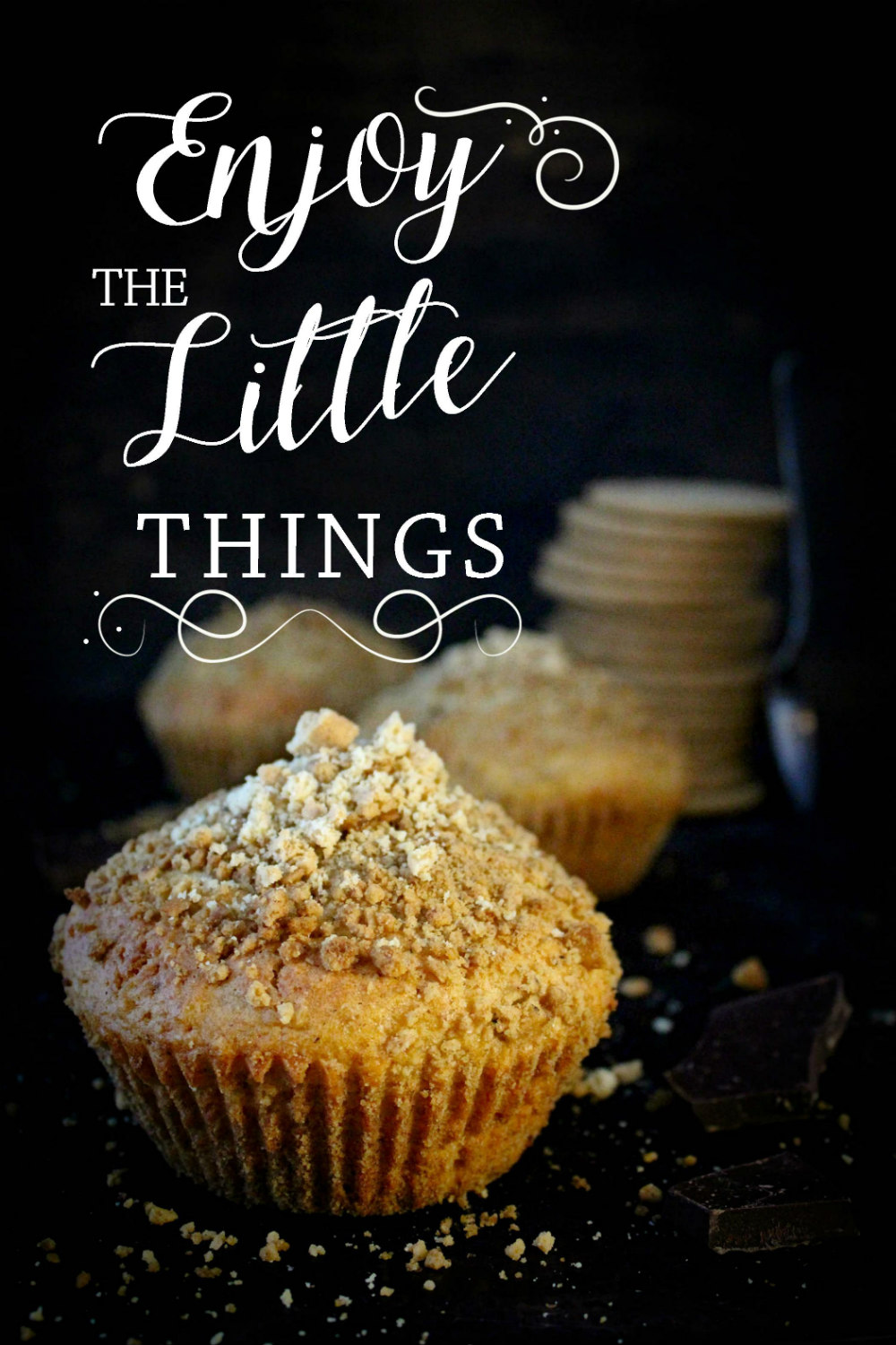 Digestive Crumble Cupcakes with Dark Chocolate Filling